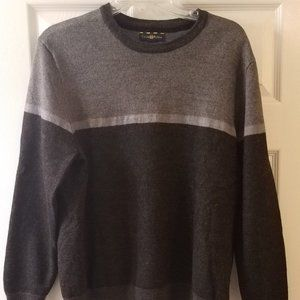 Club Room Sweater, Men's size Small, like new!